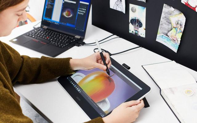 Wacom One 13 FHD Pen digitális táblamonitor