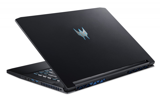 Acer Predator Triton 500 - PT515-52-74ED