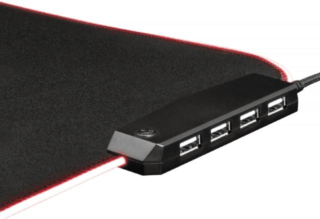 Trust GXT765 Glide Flex RGB Gamer Egérpad